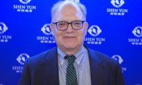 Finance Advisor Returns for the Third Time to See Shen Yun
