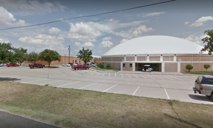 Texas high school shooting leaves 1 student wounded