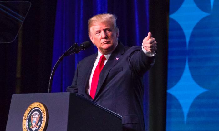 President Donald Trump speaks at the 99th annual American Farm Bureau Convention in Nashville, Tenn., on Jan. 8, 2018. (Samira Bouaou/The Epoch Times)