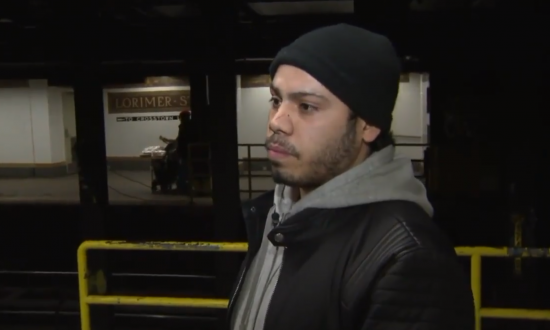 Brothers Step in When They See Man Harassing Two Teen Girls on New York Subway