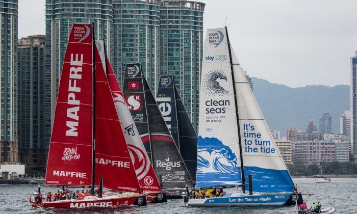 Start of the in-port Volvo Ocean Race held in Victoria Harbour, Hong Kong, on Jan 27, 2018. (Dan Marchant)
