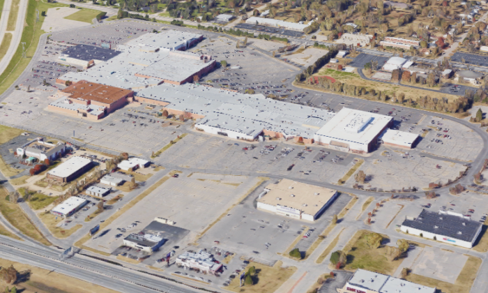 Towne West Square in Wichita, Kan., where Evans United Shows operated a carnival in May 2017. (Screenshot via Google Maps)