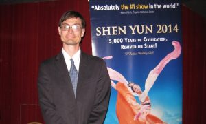 Research Scientist Calls Shen Yun 'Fabulous and Refreshing'