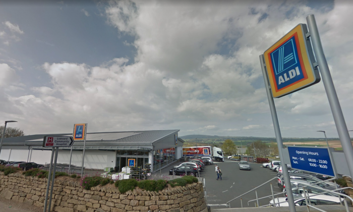 The Aldi store in Liskeard, Cornwall where Pat Bateman says she bought the bag of vegetables.  (Screenshot/Google Maps)