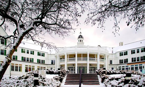 A Winter Retreat in New York's Adirondacks