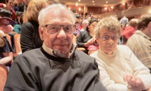 Retired Baseball Executive Enjoys History Depicted by Shen Yun