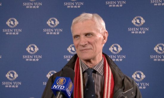 Shen Yun Is 'An Explosion of Love and Beauty', Says Financial Adviser