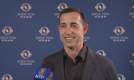Professional Dancer Says Shen Yun Is 'Spot On'