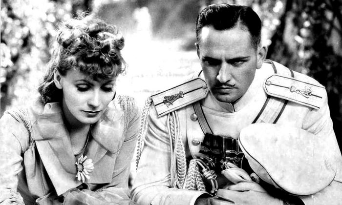 """Garbo and Fredric March in """"Anna Karenina"""" (1935). (PD-US)"""