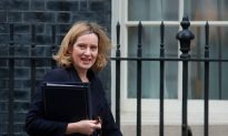 Britain and US in Talks Over Captured British ISIS Terrorists: UK Minister