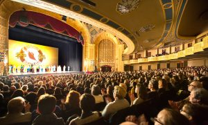 Small Business Owner: 'We keep coming back because Shen Yun is amazing'
