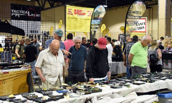 Here's What Happened to a Florida Gun Show's Attendance After High School Shooting