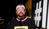 Kevin Smith Says He Suffered Massive Heart Attack, but Had 'Sense of Calm'