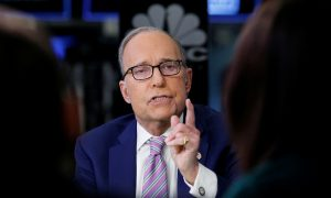 Trump Picks Larry Kudlow to Succeed Cohn as Top Economic Adviser