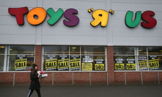 Toys 'R' Us Goes out of Business, Leaving Void for Toy Lovers