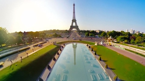 Company Offers Aerial Tour of Paris in Virtual Reality
