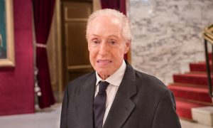 World-Renowned Fashion Designer Renato Balestra Finds Shen Yun Captivating