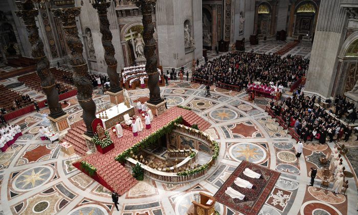 A mass for the Saint Joseph feast in St. Peter Basilica at the Vatican on March 19, 2018. (Andreas Solaro/AFP/Getty Images)