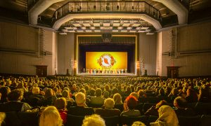 Shen Yun Brings out the Beauty of the Chinese People, Business Owner Says