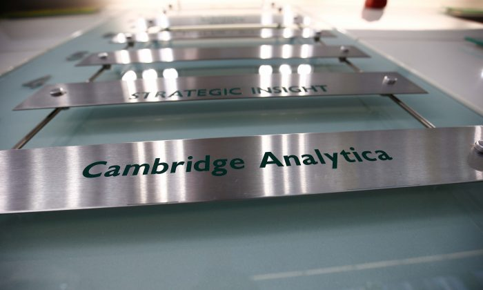 UK watchdog evaluates evidence from Cambridge Analytica