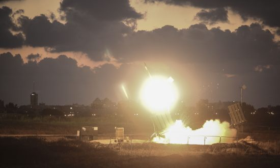 Israeli Jets Bomb 9 Targets Over 'Explosive Kites and Balloons'