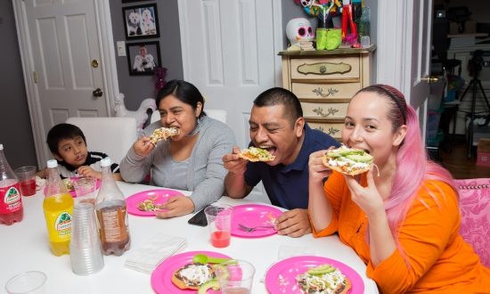 Where Tostadas Are a Family Affair