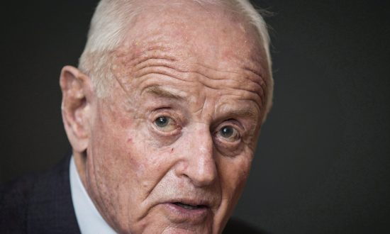 Barrick Gold Founder, Canadian Entrepreneur Peter Munk Dies at Age 90