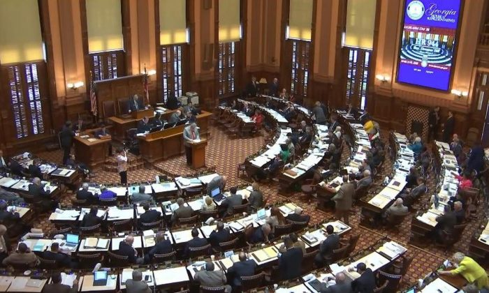 The Georgia House of Representatives passes House Resolution 944 to oppose forced organ harvesting in China, on March 19, 2018. (Courtesy of Minghui.org)