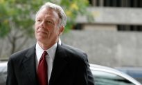 Trump Pardons Scooter Libby, Dick Cheney's Former Chief of Staff