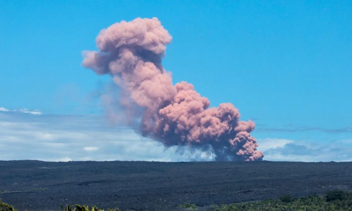 An ash cloud rises above Kilauea Volcano after it erupted, on Hawaii's Big Island May 3, 2018, in this photo obtained from social media.  (Janice Wei/via Reuters)