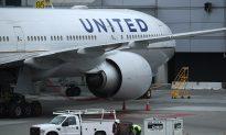 United Flight Aborts Takeoff at Phoenix Airport After Pilot 'Slams on Brakes'
