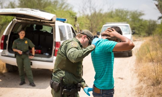 AG Sessions: All Illegal Border Crossers to Be Prosecuted