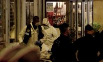 One Killed in Paris Knife Attack by Man Shouting 'Allahu Akbar'