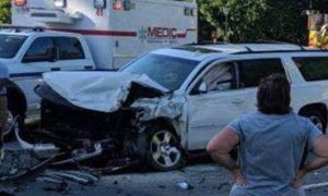 Woman driving 4 kids home when they're hit head on—but what 6-year-old does, mom is screaming