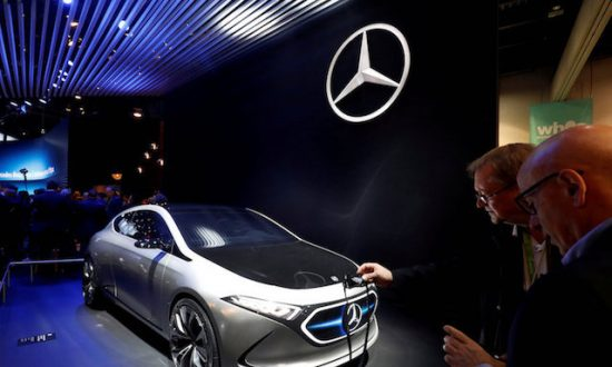 Mercedes-Benz to Make Tesla-Rivalling Electric Compact Car