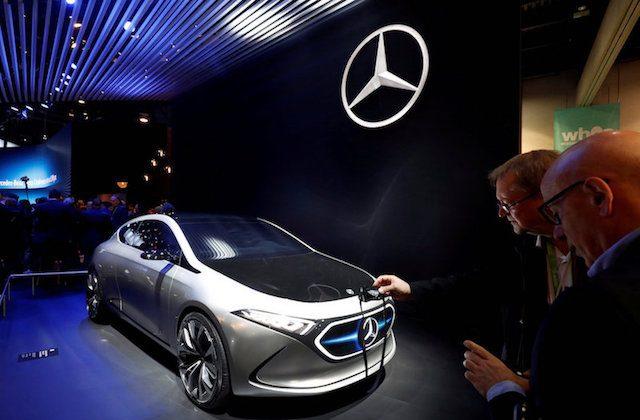 A Mercedes-Benz Concept EQA is displayed at the Las Vegas Convention Center during the 2018 CES in Las Vegas, Nevada on Jan. 9, 2018. (REUTERS/Steve Marcus/File Photo)
