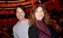 Theatergoer With 40 Years in Classical Dance Says Shen Yun Dancers Magnificent