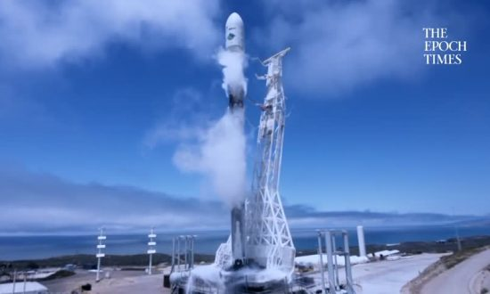 Space X Launches Seven Satellites on One Falcon 9 Rocket