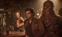 Movie Review: 'Solo': Smirkfest Grates