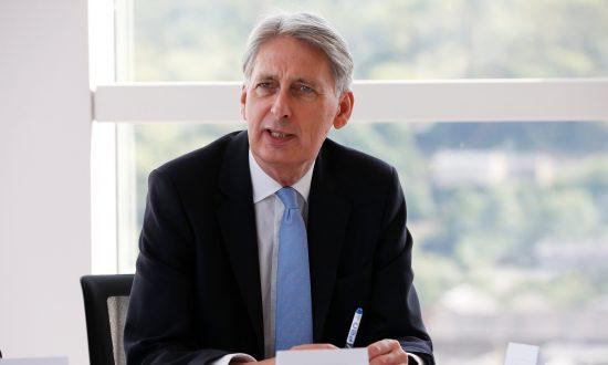 Britain Will Build Own Sat-Nav System If No Access to EU's Galileo: Hammond