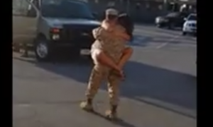 Marine comes home for emotional reunion with girlfriend—but then he couldn't hold back anymore