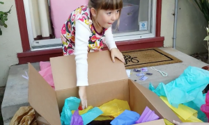 Six-year-old girl opens her final birthday gift and is left with no words