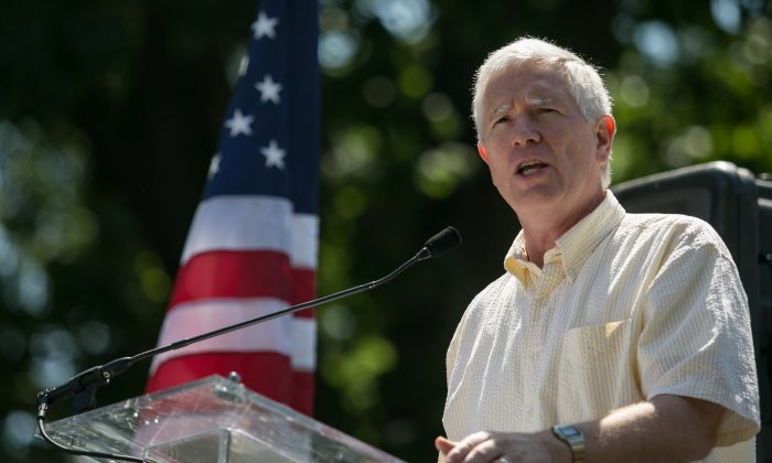 Rep. Mo Brooks (R-AL) speaks during the DC March for Jobs in Upper Senate Park near Capitol Hill, on July 15, 2013 in Washington, DC. (Drew Angerer/Getty Images)