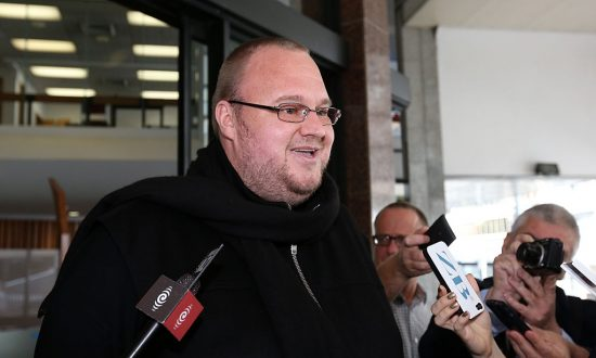 Kim Dotcom Wants to Create Twitter, Facebook Replacement