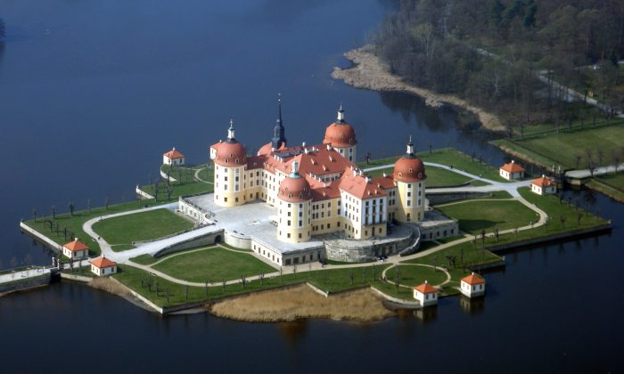 Moritzburg Palace in Saxony. (Carsten Pietzsch/Public Domain)