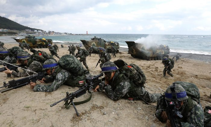 South Korean marines participate in a landing operation referred to as Foal Eagle joint military exercise with U.S, troops on the Pohang seashore on April 2, 2017 in Pohang, South Korea. (Chung Sung-Jun/Getty Images)