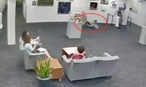 Kansas Mother Asked to Pay $132,000 After 5-Year-Old Son Breaks Sculpture