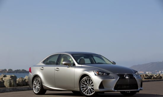2018 Lexus IS 300 4-Door Sedan