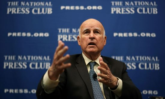 California Governor Pardons Refugees Slated for Deportation