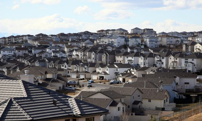 A view of Calgary's Arbour Lake neighbourhood in this file photo. Calgary MP Tom Kmiec says the new mortgage stress test shouldn't be applied the same way in all regions, as not every housing market is the red-hot Vancouver or Toronto market. (Constantine Androsoff/Shutterstock)